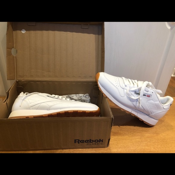 Reebok Other - Selling men's classic Reebok shoes